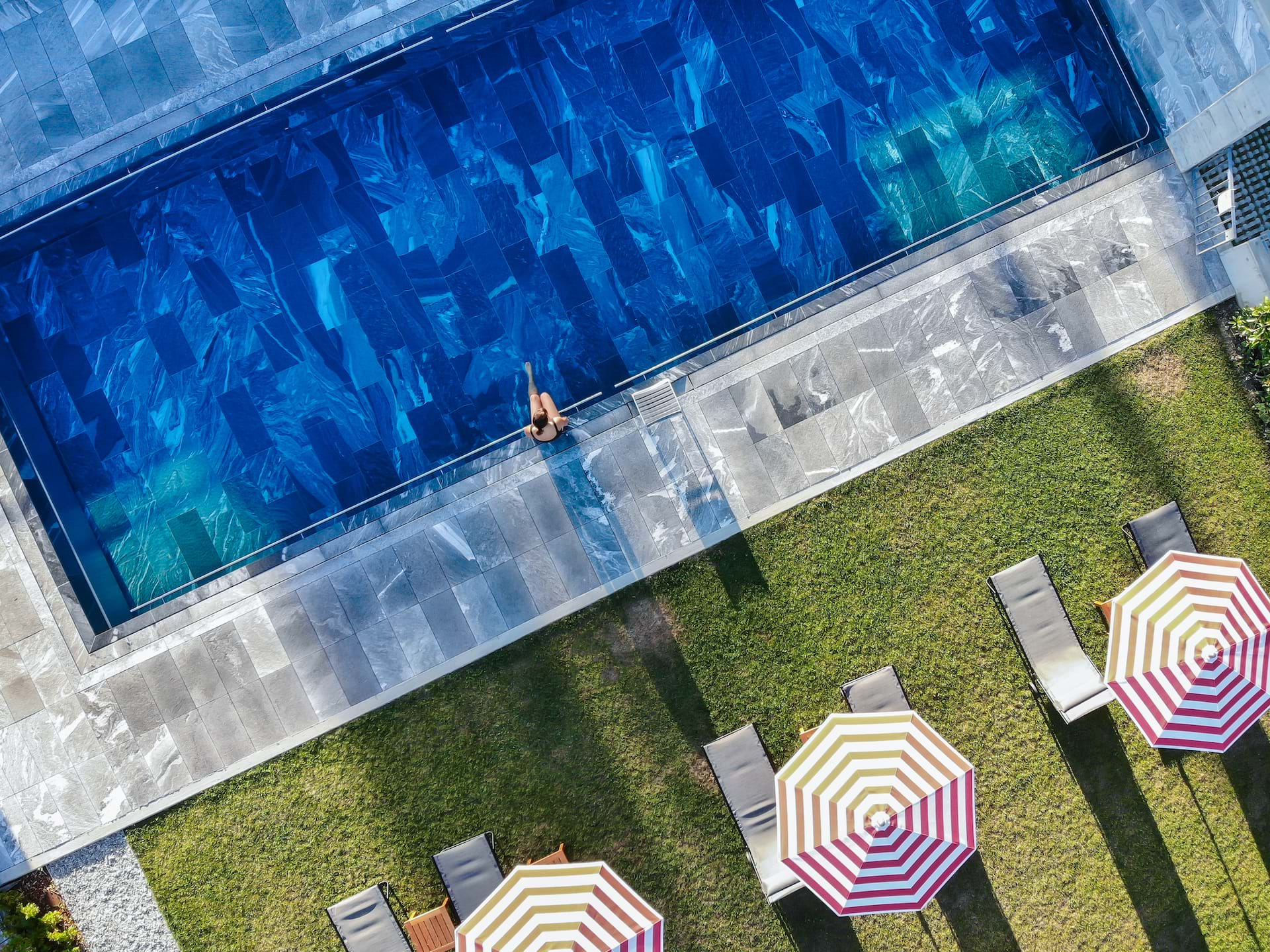 Swimmingpool_Bigatt_Hotel_and_Restaurant_Lugano_09.jpg